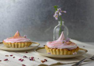 rhubarb meringue tartelettes
