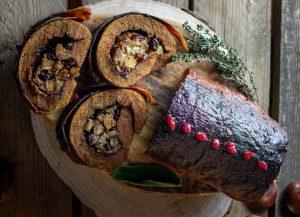 Stuffed seitan roast, a saesonal delight