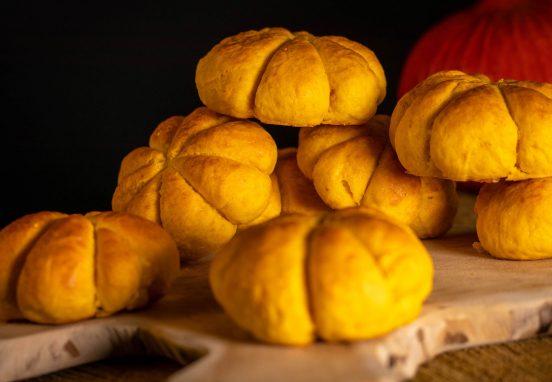 Pumpkin buns – soft pumpkin shaped burger buns